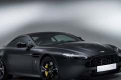 aston-martin-v12-vantage-car-black-sports-car-cool-1920x1080